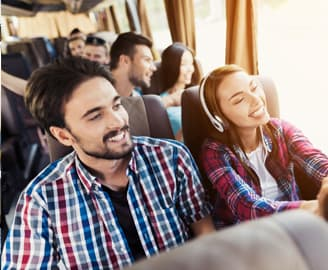 Reisebus Passagiere