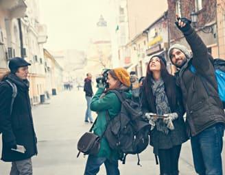 Junge Reisegruppe